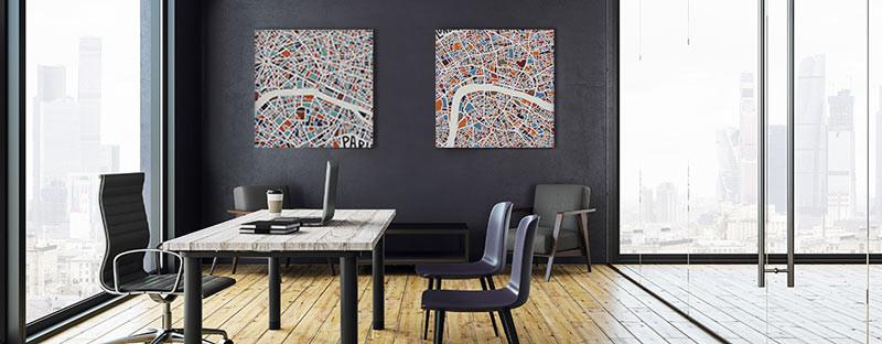 Zwei Bilder nebeneinander im Büro