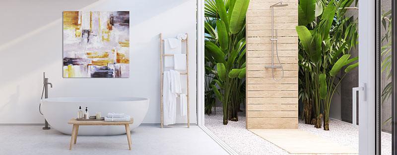 Foto zeigt ein Ölbild im Badezimmer